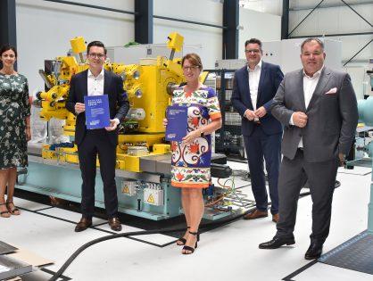 """Erster Award verliehen: Innovationspreis """"Rheinland Genial"""" geht an DIRKRA Sondermaschinenbau GmbH in Stolberg"""