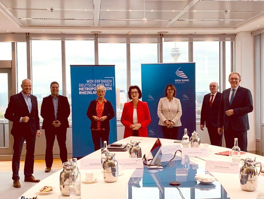 Bildungsoffensive für das Rheinland gestartet – neue Lehrkräfte und digitale Unterrichtsangebote