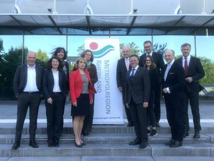 Kuratorium der Metropolregion Rheinland zu Gast bei der Textilakademie NRW in Mönchengladbach