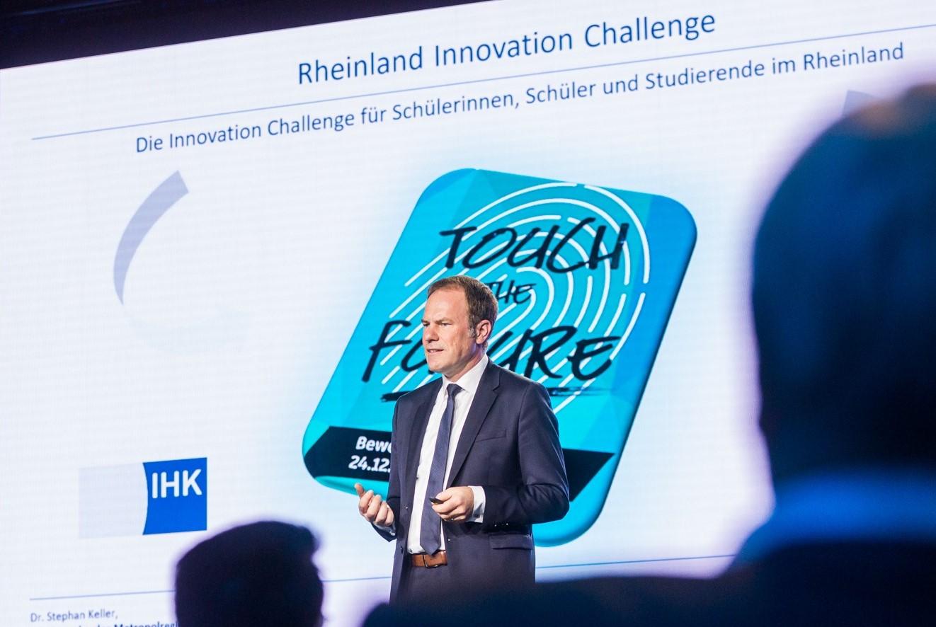 Ankündigung der Rheinland Innovation Challenge beim Kongress #neuland